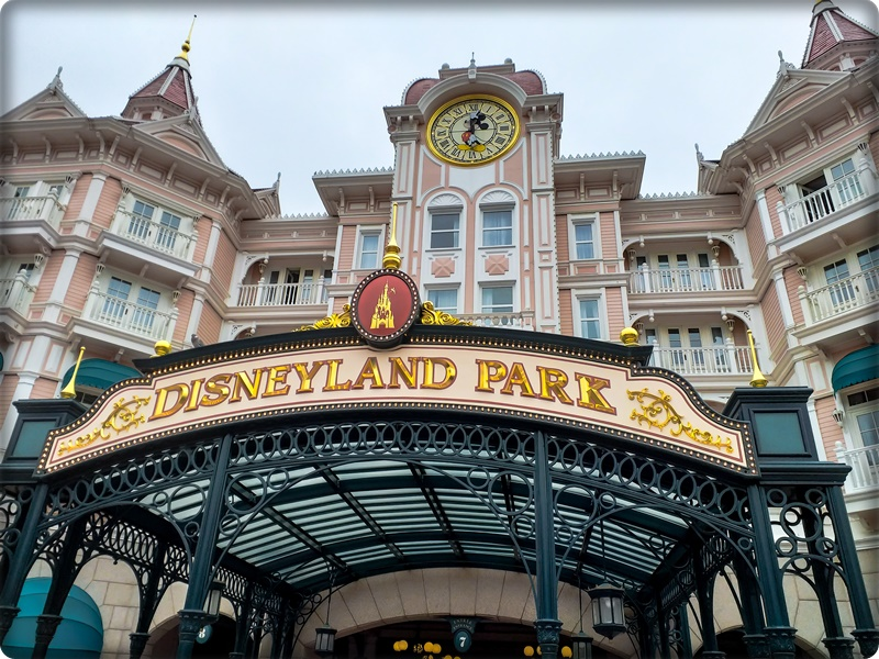 ディズニーホテル 一番空いている曜日